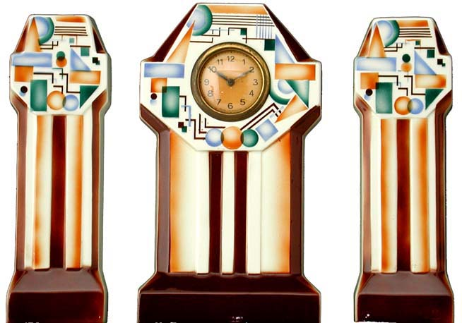 Exceptionnel The Museum of the art deco ceramic clock in Brussels VH76